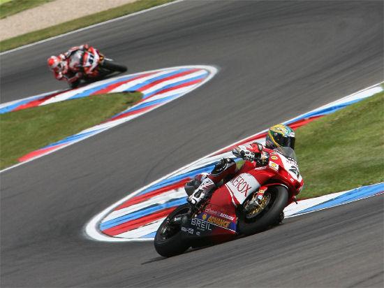Superbike: Ducati davanti a tutti con Troy Bayliss, nel pomeriggio la super pole