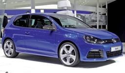 Al Salone di Ginevra quattro Volkswagen Golf R speciali Aplomb Blue