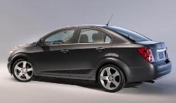 Chevrolet Aveo la berlina 4 porte arriva in Italia a fine estate 1