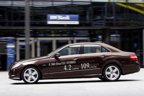 Mercedes Classe E, due versioni ibride al Salone di Detroit 2012