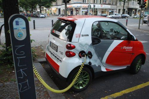 auto elettrica italiani