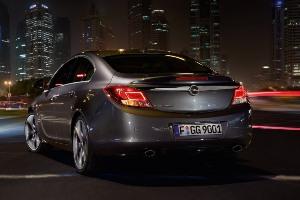 Schemi Elettrici Opel Insignia : Opel insignia la nuova ammiraglia più che un auto è una