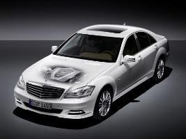 Mercedes S 400 Hybrid: quando l' infinita eleganza diventa elettrica